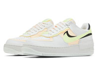 Nike Air Force 1 Shadow淡黄LOGO空军一号亮相